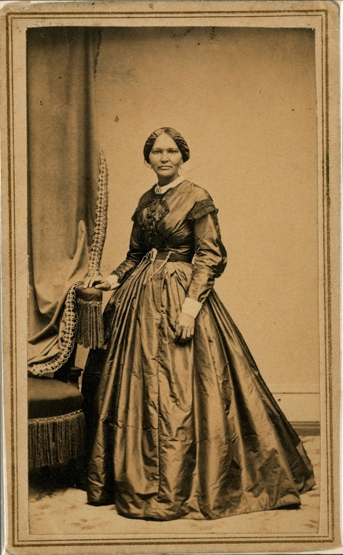 Mary Todd Lincoln's dressmaker and confidante, Elizabeth Keckley