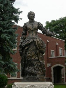 olivia clemens statue